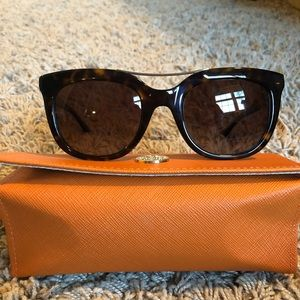 NWT Tory Burch sunglasses